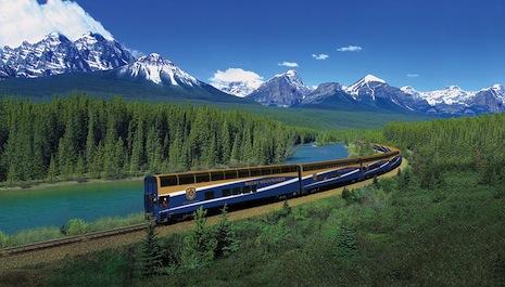 Vancouver-Banff-Train